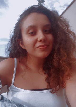 Cecília Almeida Alves